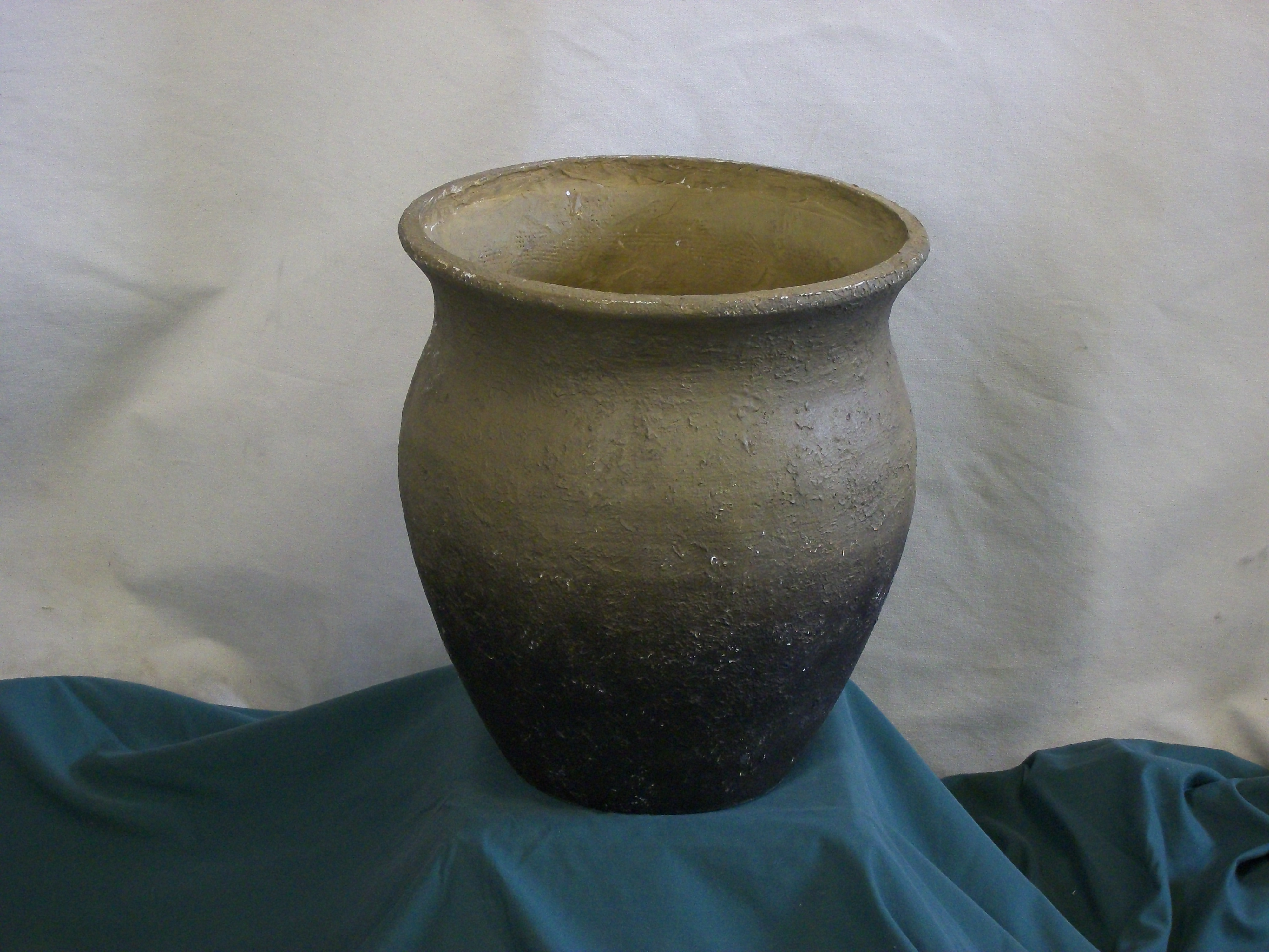 Vases Urns And Pots